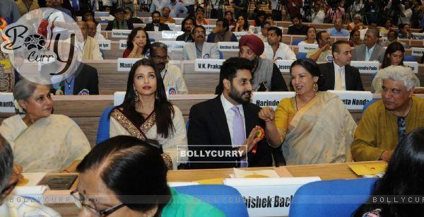 Jaya Bachchan, Aishwarya Rai Bachchan and Abhishek Bachchan at National Award Ceremony