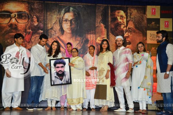 Sarabjit Team Pay Tribute to Sarabjit