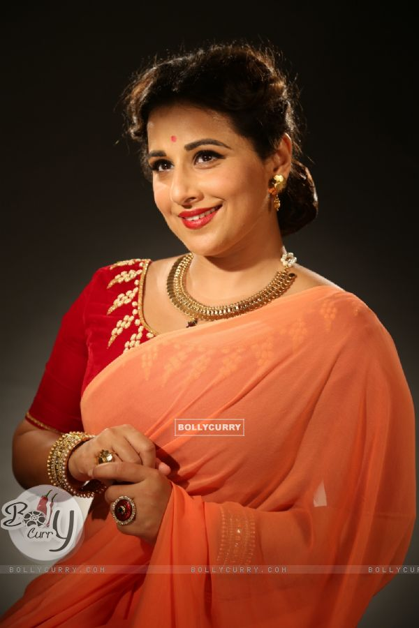 Vidya Balan's transforms to young Geeta Bali in Ekk Albela!