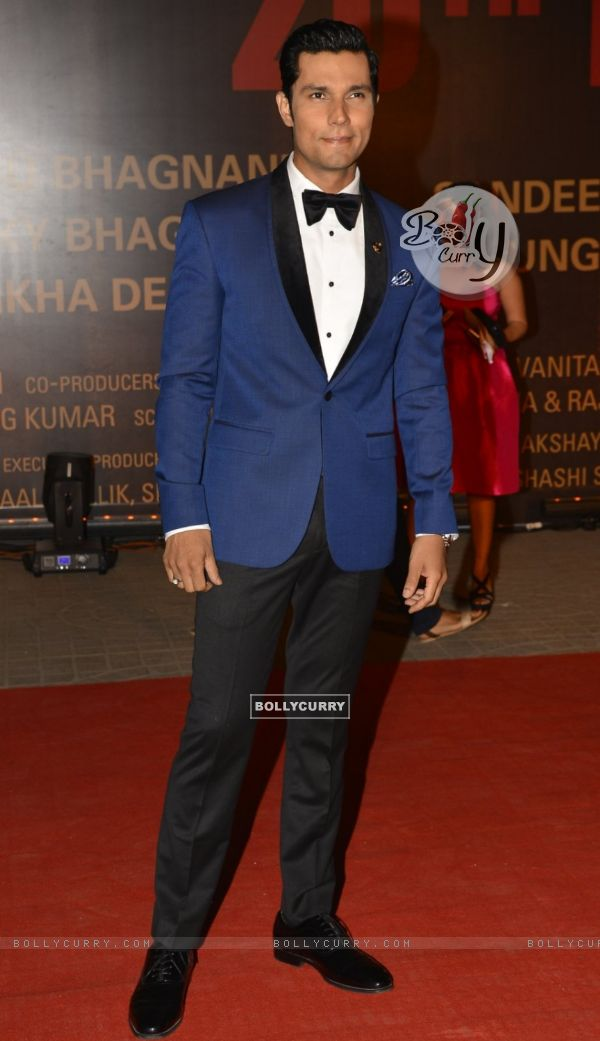 Randeep Hooda at Special Premiere of 'Sarabjit' (406367)