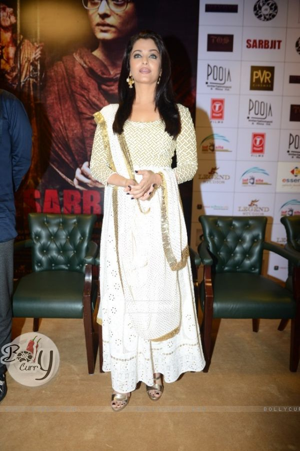 Aishwarya Rai Bachchan at Press Meet of 'Sarbjit' (406615)