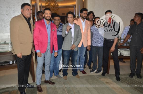 Cast of Housefull 3 at Success Meet of the film!