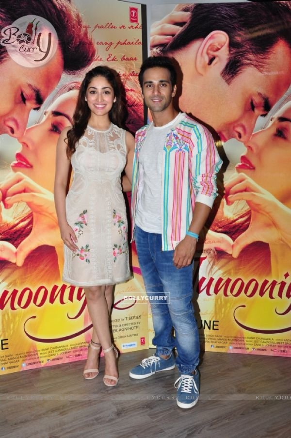 Yami Gautam & Pulkit Samrat Promotes their upcoming film 'Junooniyat'
