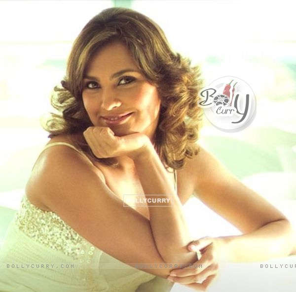Lara Dutta - Wallpaper