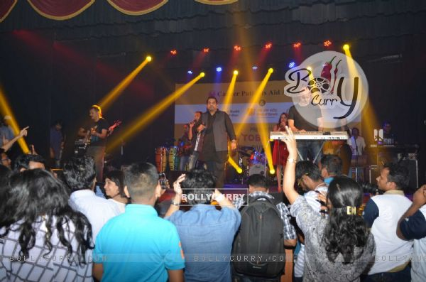 Shankar - Ehsaan - Loy performs at CPAA Event