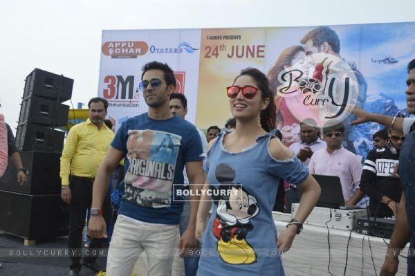 Press Meet of film 'Junooniyat': Yami Gautam and Pulkit Samrat pose for media!