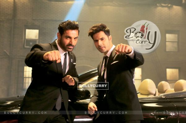 John Abraham and Varun Dhawan in a still from song 'Toh Dishoom' (410671)