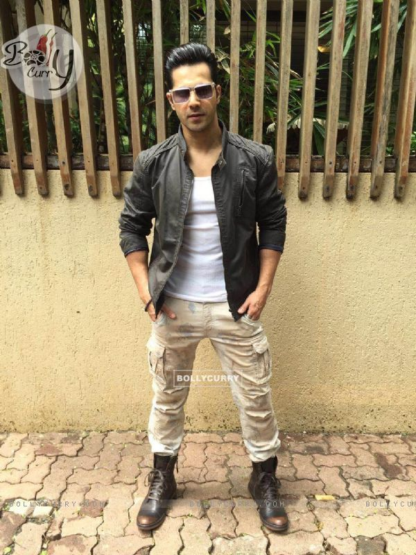 Varun Dhawan promotes 'Dishoom' (411143)