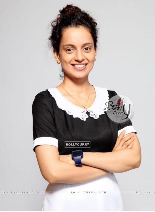First look- Kangana Ranaut as Praful Patel in her movie 'Simran'