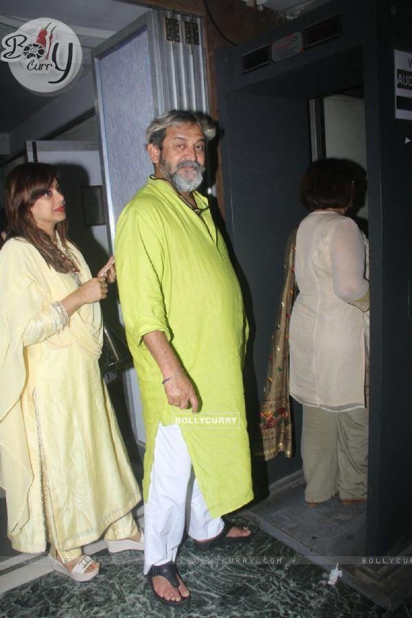 Mahesh Manjrekar at Premiere of Satish Kaushik's play Mr and Mrs Murarilal