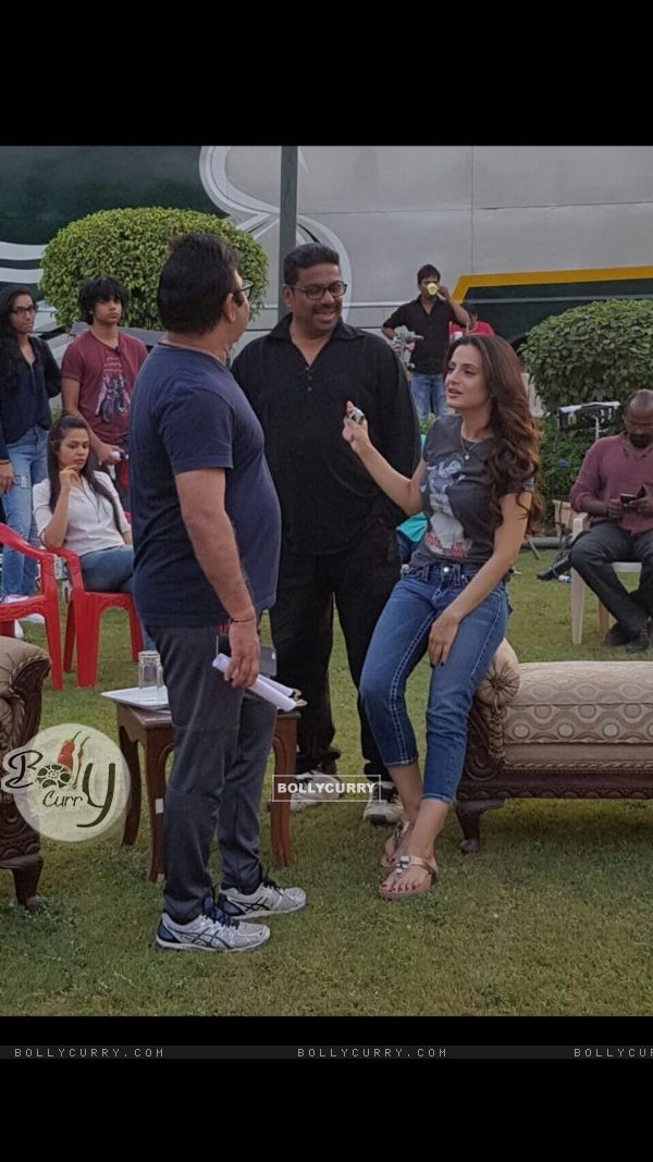 Ameesha Patel on the sets of bhaiyaji superhit film