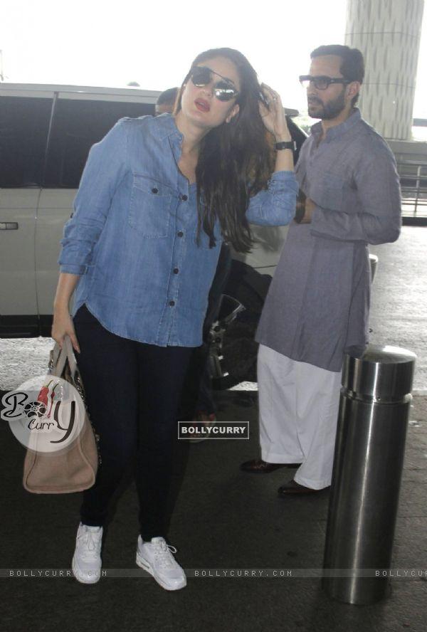 Saif Ali Khan and Kareena Kapoor snapped at airport!