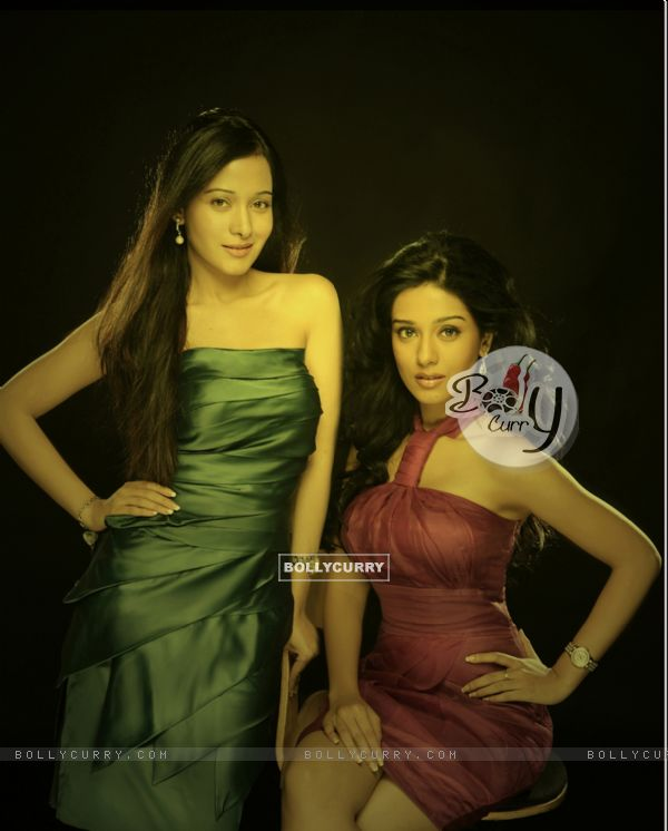 Amrita Rao and Preeta Rao both sisters