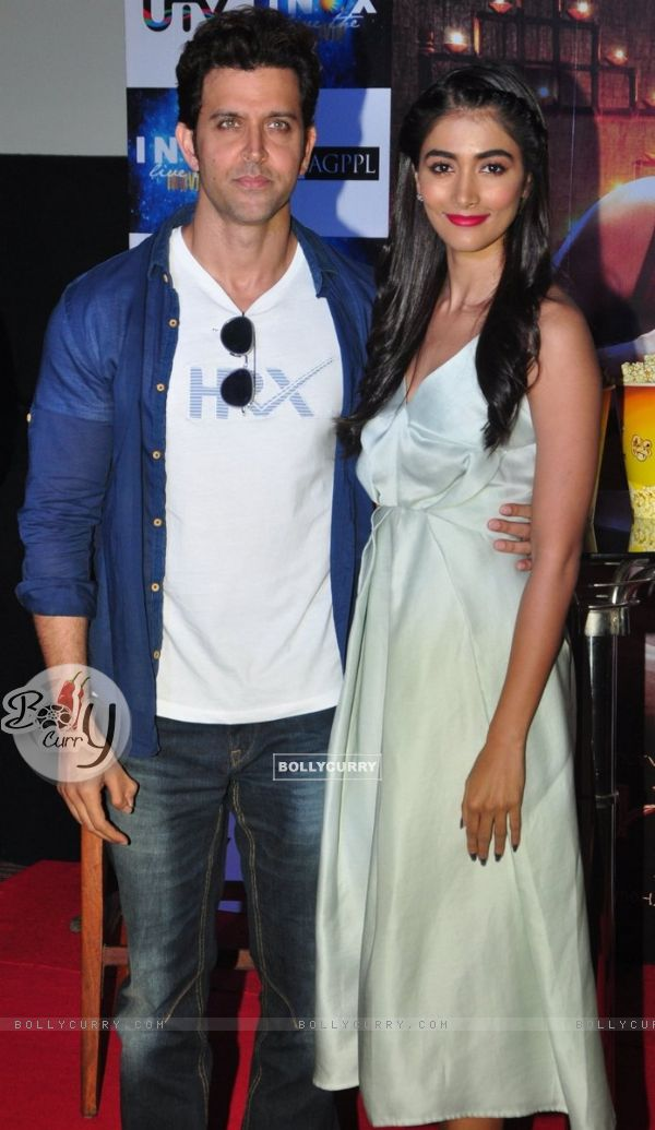 Hrithik Roshan and Pooja Hegde Promotes of Mohenjo daro at INOX