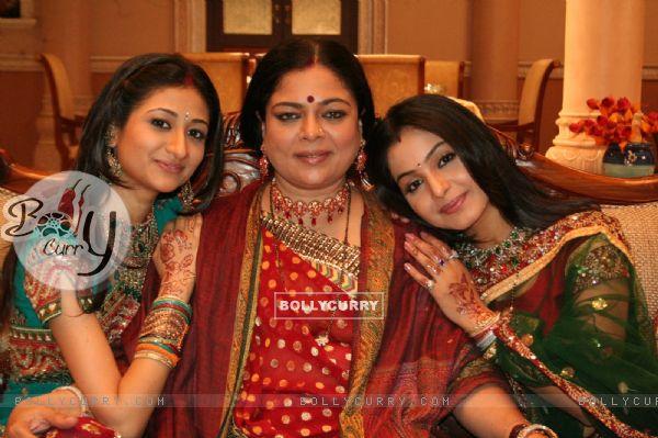 Preeti with snehalata and Summi