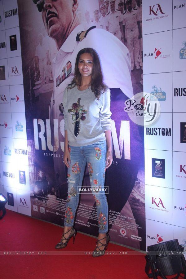 Esha Gupta at Special Screening of 'Rustom' at Yashraj Studios