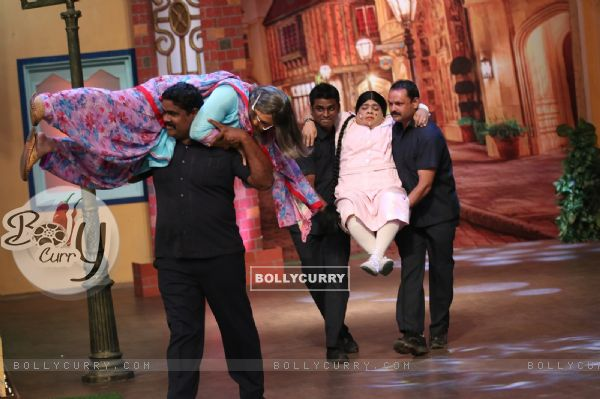 Kiku Sharda and Ali Asgar refuse to shoot with Akshay Kumar for The Kapil Sharma Show