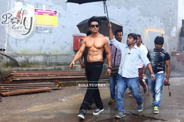 Sonu Sood goes shirtless for his home production 'Two In One'