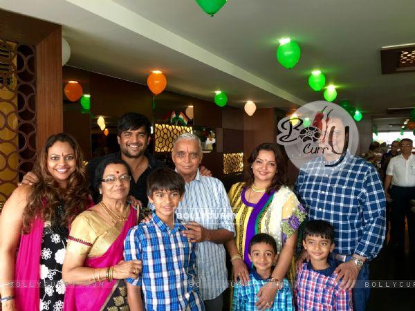 R. Madhavan celebrates father's 75th birthday in Chennai!