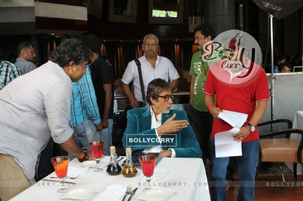 Amitabh Bachchan dubs for free