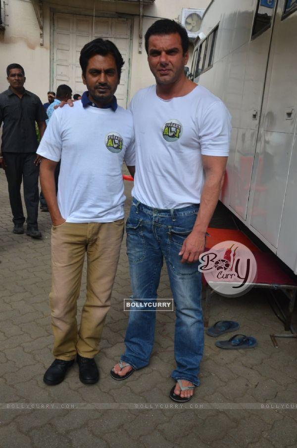 Sohail Khan and Nawazuddin Siddiqui at Promotion of 'Freaky Ali'