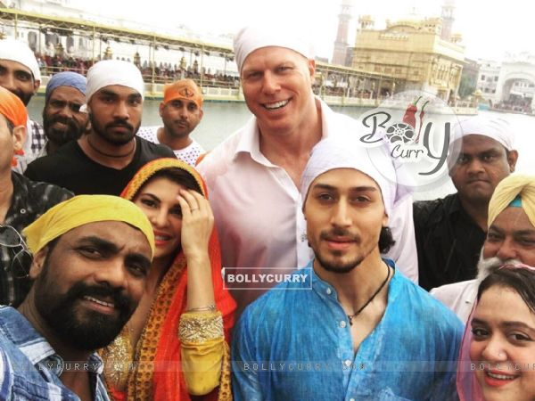 A Flying Jatt team at Golden Temple to seek Slessings