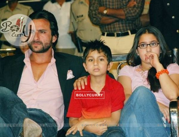Saif Ali Khan son Ibrahim and his daughter
