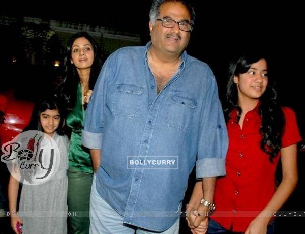 Sridevi and Boney Kapoor daughter Khushi and Jhanvi
