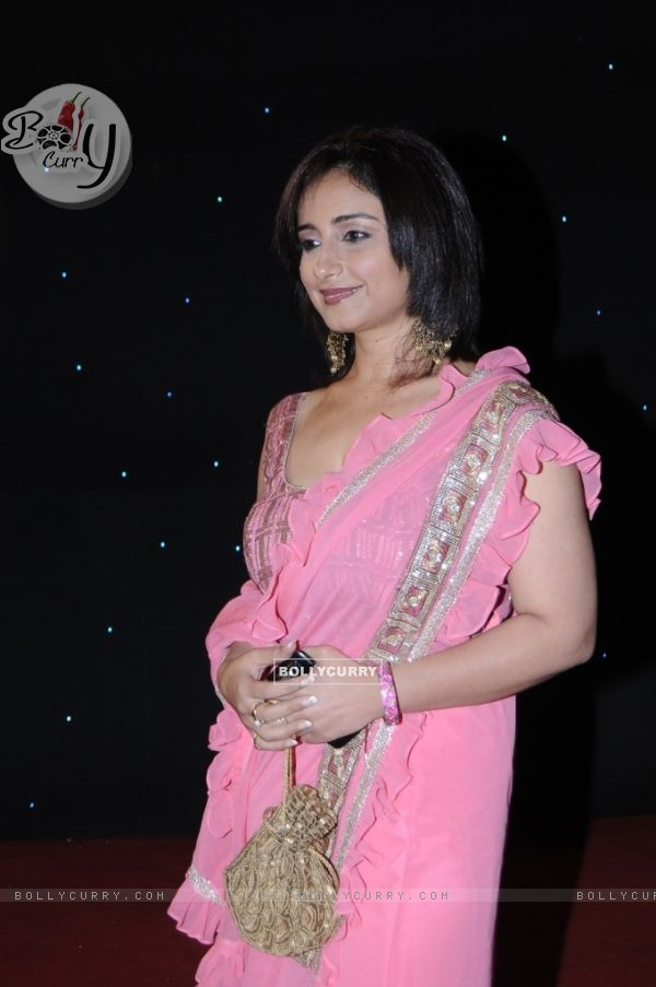 Divya Dutta - Wallpaper Hot