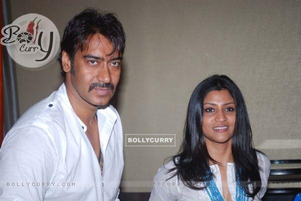 Ajay Devgan & Konkona Sen Sharma (41796)