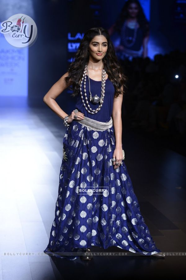 Day 5 - 'The elegant' Pooja Hegde walks the ramp at Lakme Fashion Show 2016