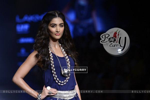 Day 5 - 'The lovely' Pooja Hegde walks the ramp at Lakme Fashion Show 2016