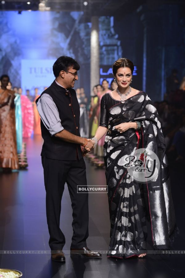 Day 5 - Dia Mirza walks the ramp at Lakme Fashion Show 2016