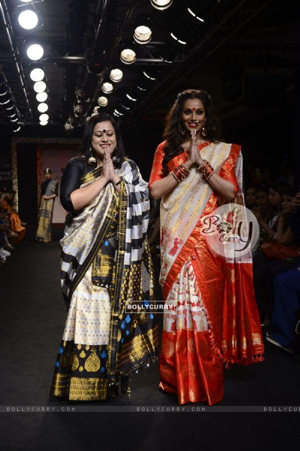 Day 5 - Bipasha Basu walks the ramp at Lakme Fashion Show 2016