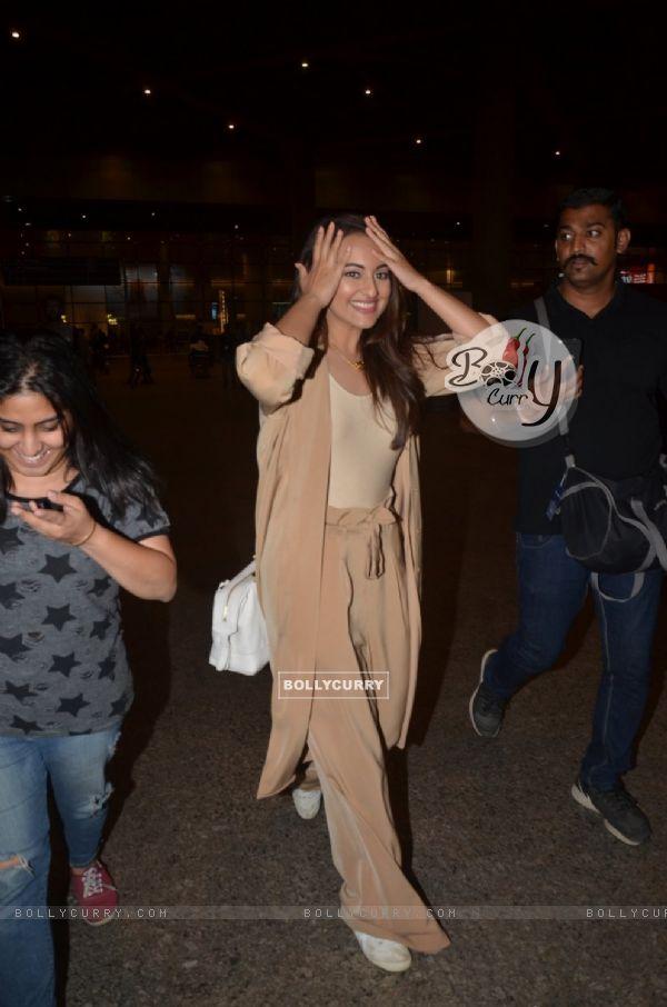 Sonakshi Sinha snapped at Airport
