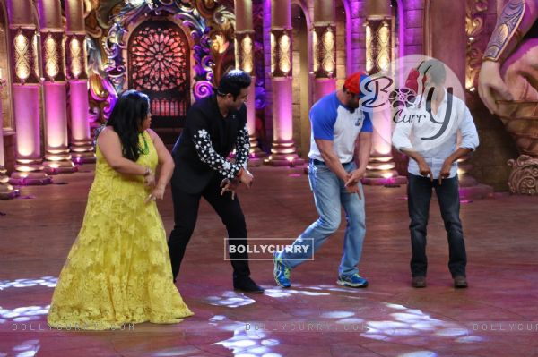 Celebs at Promotion of 'Freaky Ali' at Comedy Nights Bachao