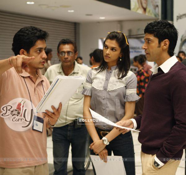 Still image from the movie Karthik Calling Karthik