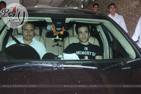 Tusshar Kapoor Snapped at Dipti Sandesara's Bash!