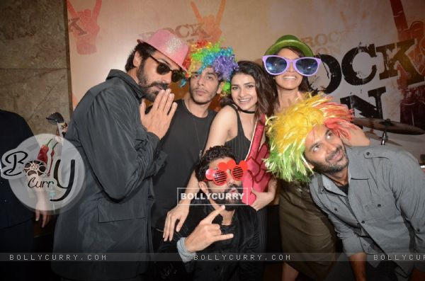 Farhan, Arjun, Purab, Prachi, Shraddha and Shashank Arora at Teaser Launch of ROCK ON 2!