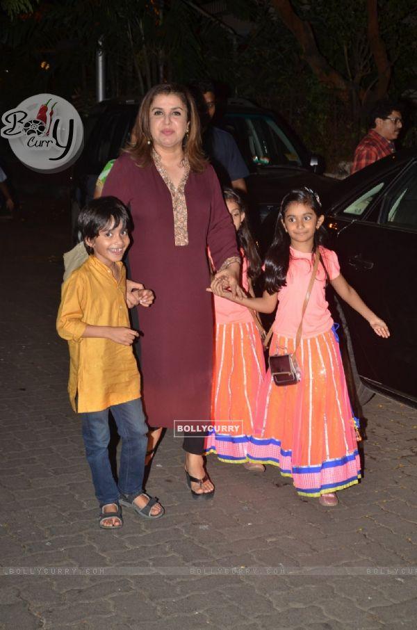 Farah Khan with kids at Anil Kapoor's Ganesh Chaturthi Celebrations!