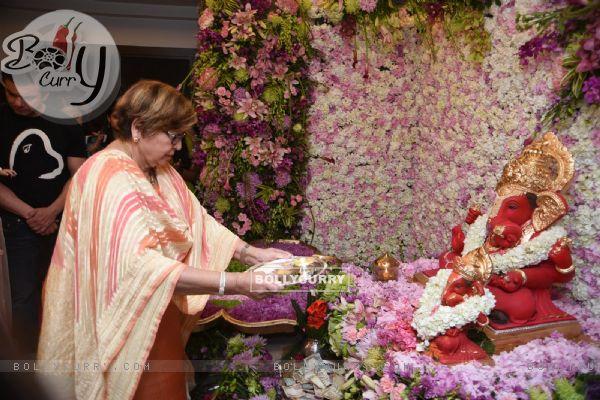 Helen at Salman Khan's Ganesh Utsav 2016