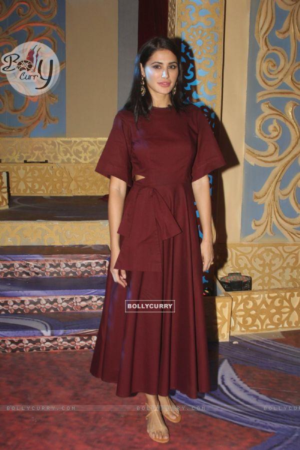 Nargis Fakhri promotes 'Banjo' on the sets of Kum Kum Bhagya
