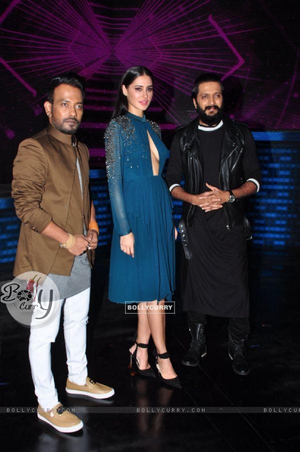 Nargis Fakhri, Riteish Deshmukh and Dharmesh Yelande at Promotion of 'Banjo' on sets of Dance Plus 2
