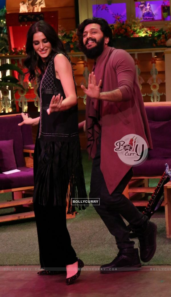 Riteish Deshmukh and Nargis Fakhri at Promotion of 'Banjo' on Sets of The Kapil Sharma Show
