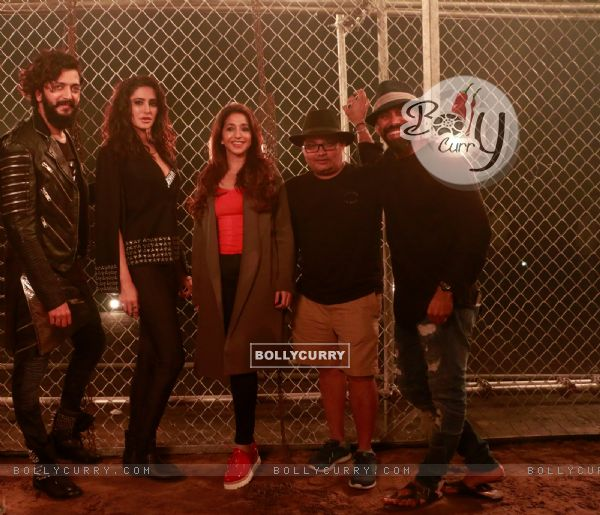 Riteish Deshmukh, Nargis Fakhri, Krishika Lulla shoot for a song in Banjo