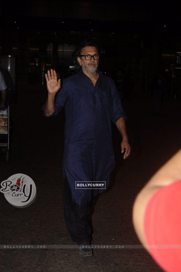 Rakeysh Omprakash Mehra snapped at airport!