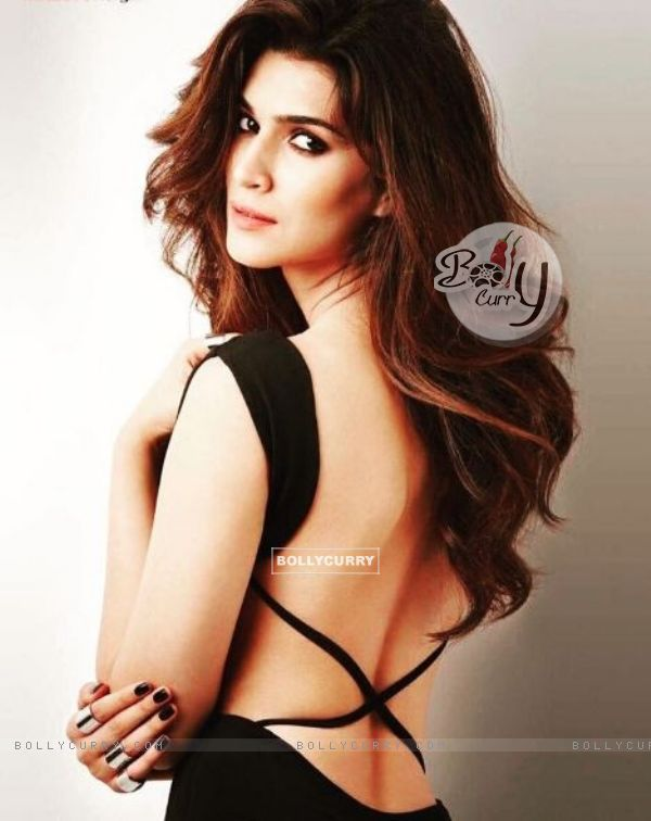 Kriti Sanon has crossed 4 million followers on Instagram