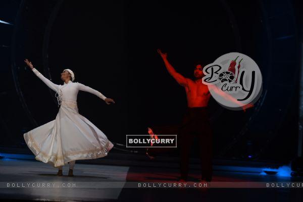 Salman Yusuff Khan with choreographer Aishwarya