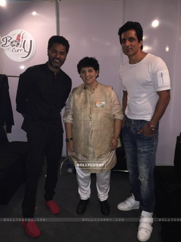 Remo Dsouza and Sonu Sood at Promotion of 'Tutak Tootak Tutiyan' at Falguni Pathak's Dandia
