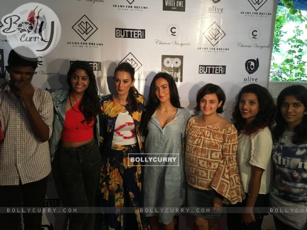 Evelyn Sharma with Elli Avram